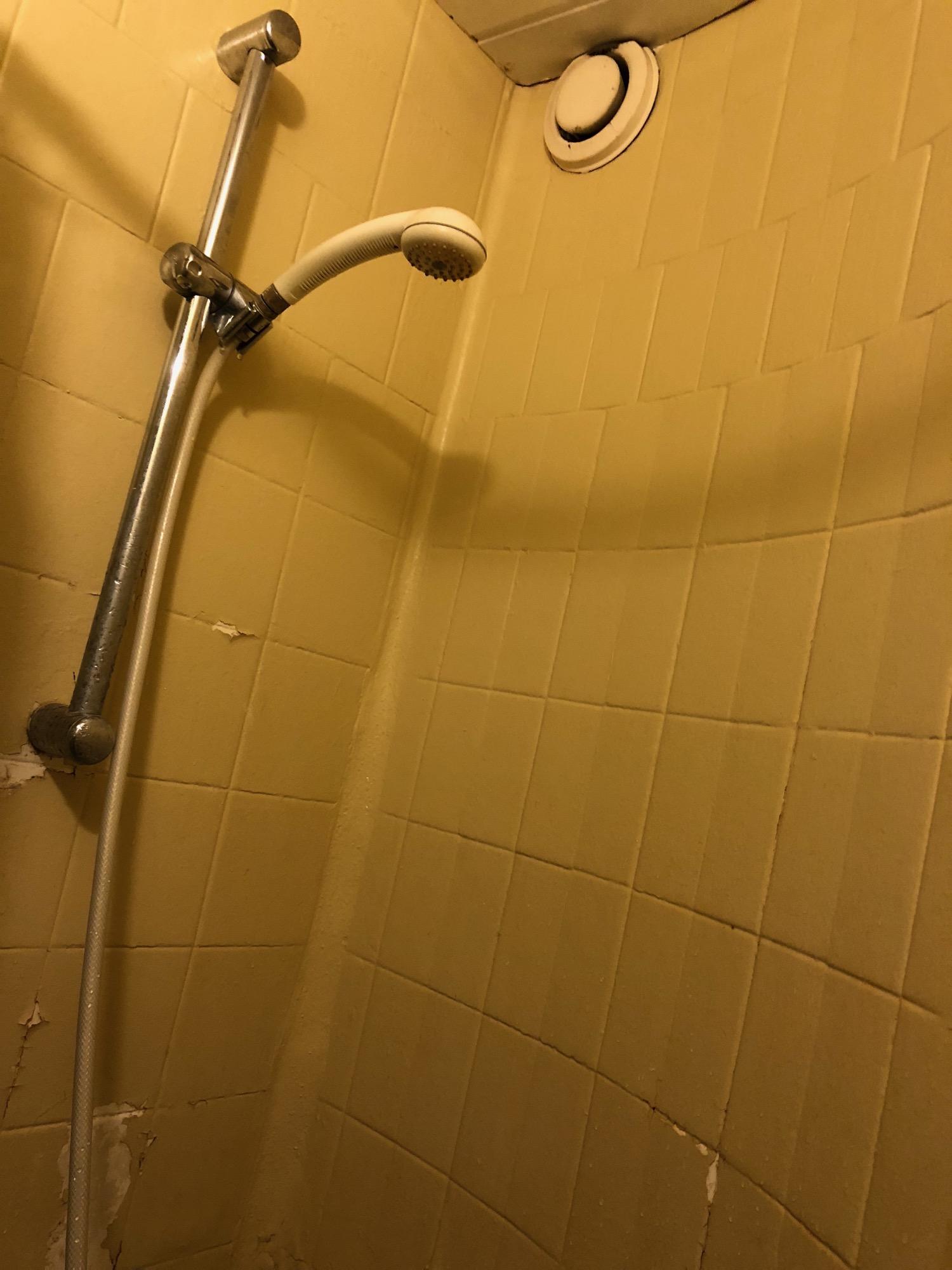 1808039 ホステルの部屋