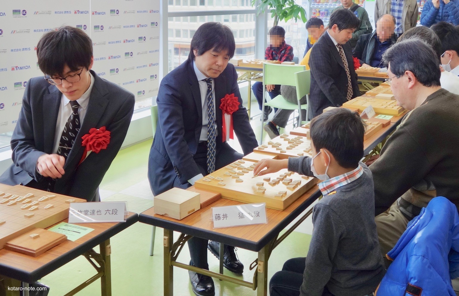 上州将棋祭りの「特設会場」で無料でプロ棋士の指導対局
